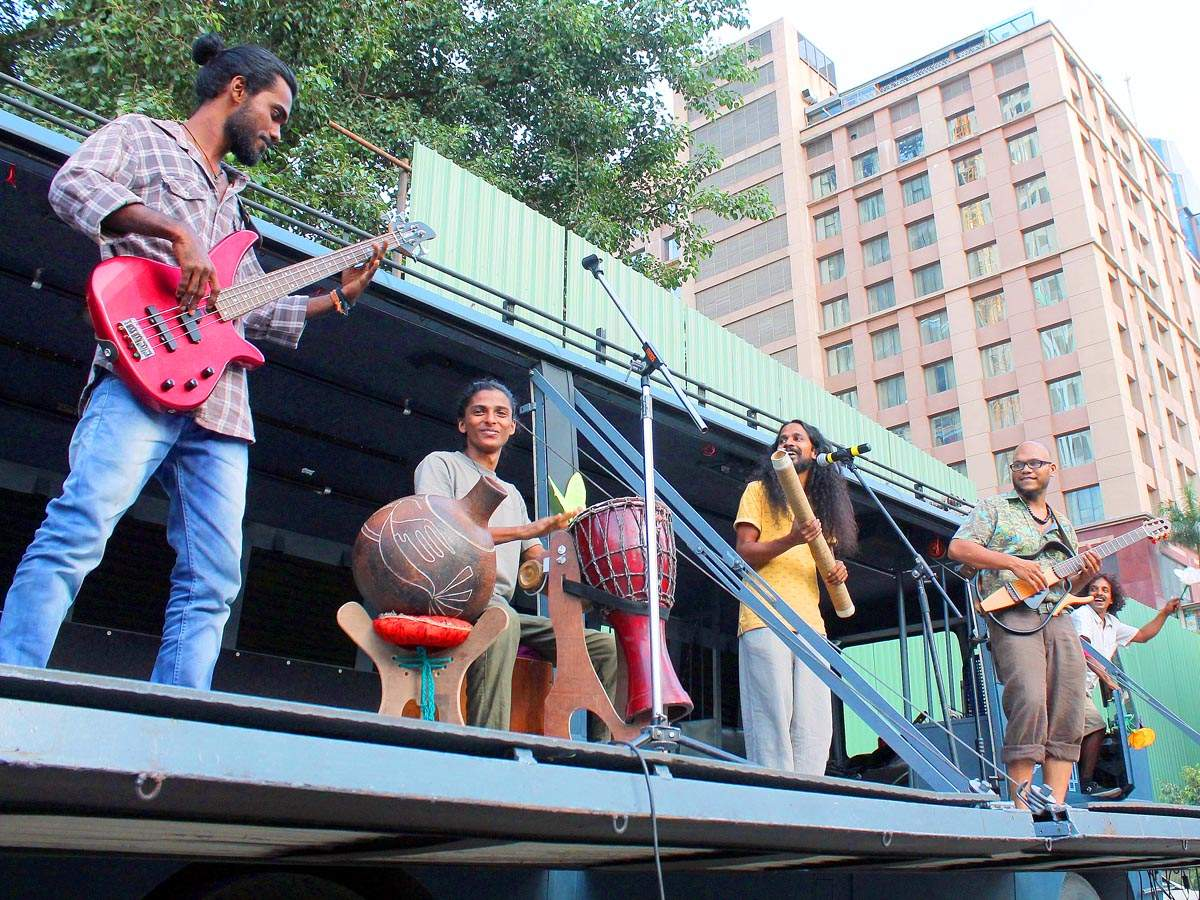 Oorali Kochi Muziris Biennale: Oorali's Flood Express : Singing