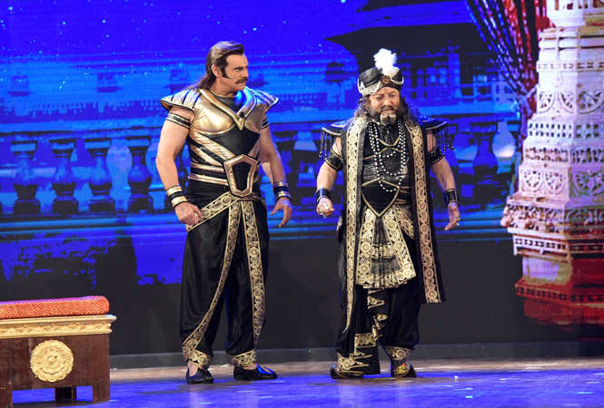 Puneet as Duryodhan and Gufi Paintal as Shakuni in the play