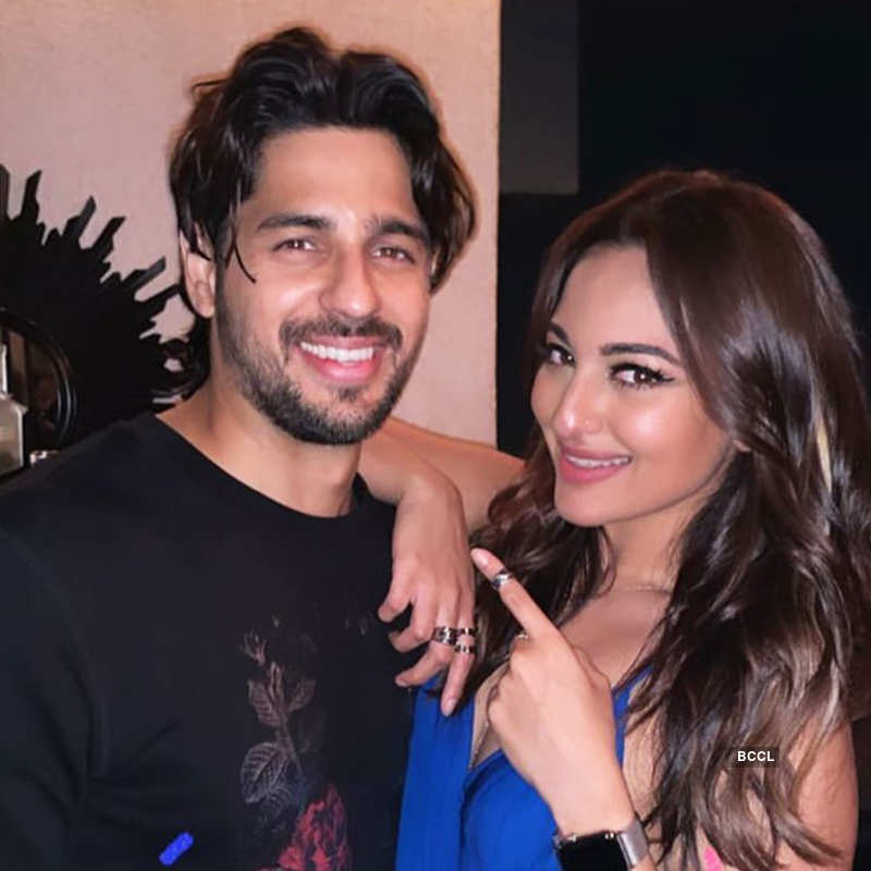 Inside pictures from Sidharth Malhotra's fun-filled birthday party