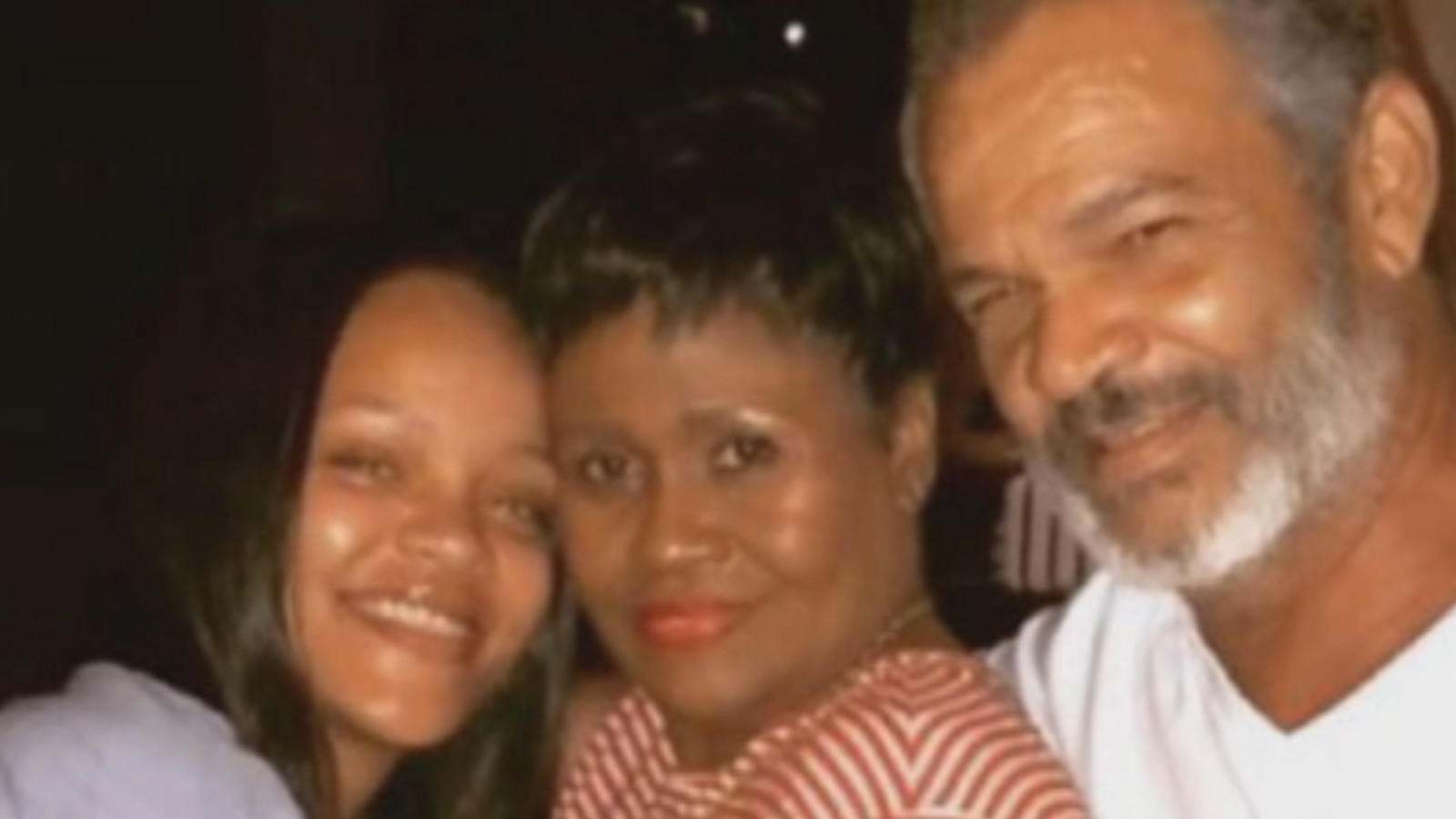 Rihanna sues her father for using her brand name in business deals