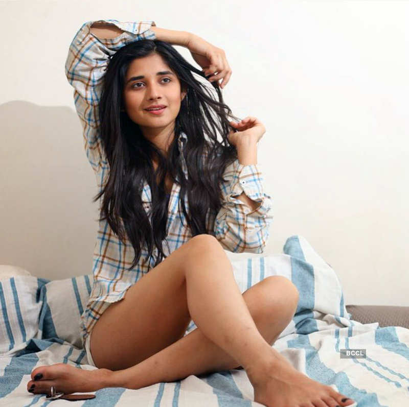 Punjabi actress Kanika Mann takes it as a compliment when being compared to Alia Bhatt