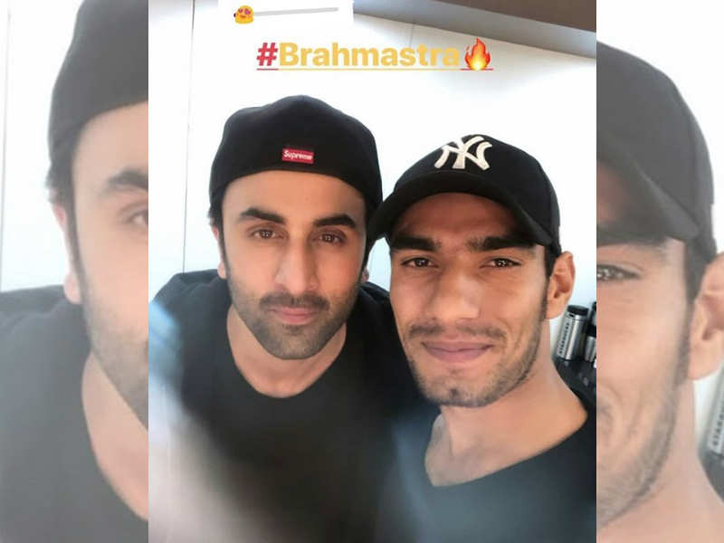 Photo: Ranbir Kapoor strikes a pose with his stuntman from sets of 'Brahmastra' - 'Brahmastra': Interesting facts about the Ranbir Kapoor-Alia Bhatt-Amitabh Bachchan film  | The Times of India