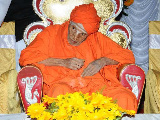 Siddaganga Swamiji death: Shivakumara Swamiji, 'walking god