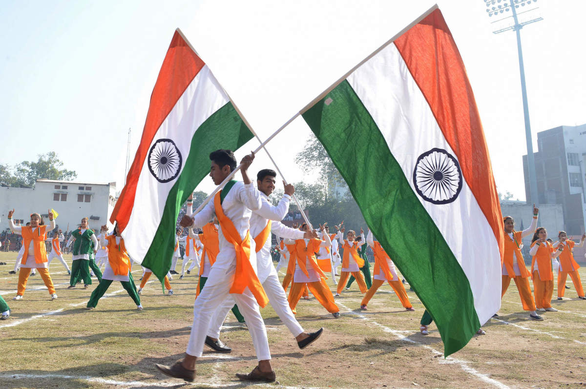 Essay on history and importance of republic day (600 words) for Class 10, 11, 12