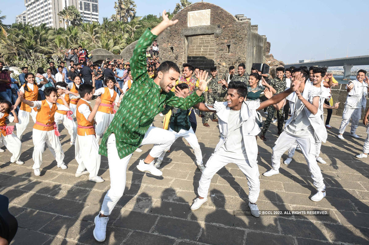 Dance Plus Season 4 finalists celebrate Republic Day