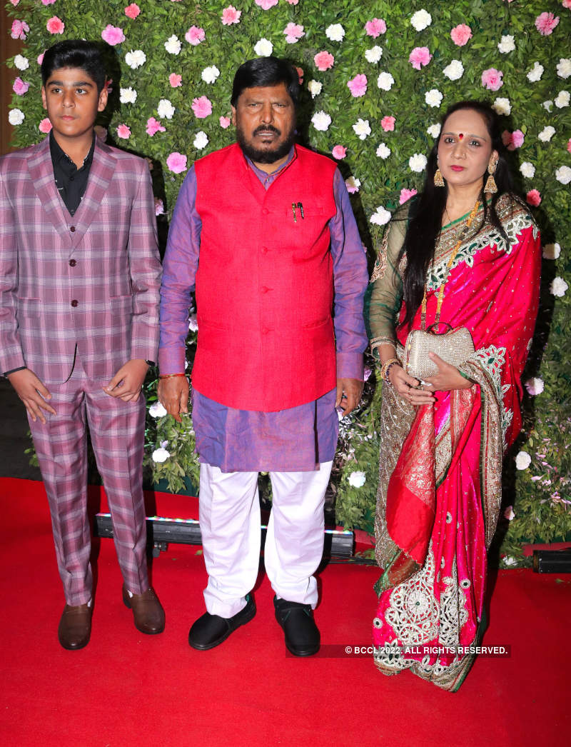 B-Town celebs come in full attendance at Raj Thackeray's son Amit Thackeray's wedding reception