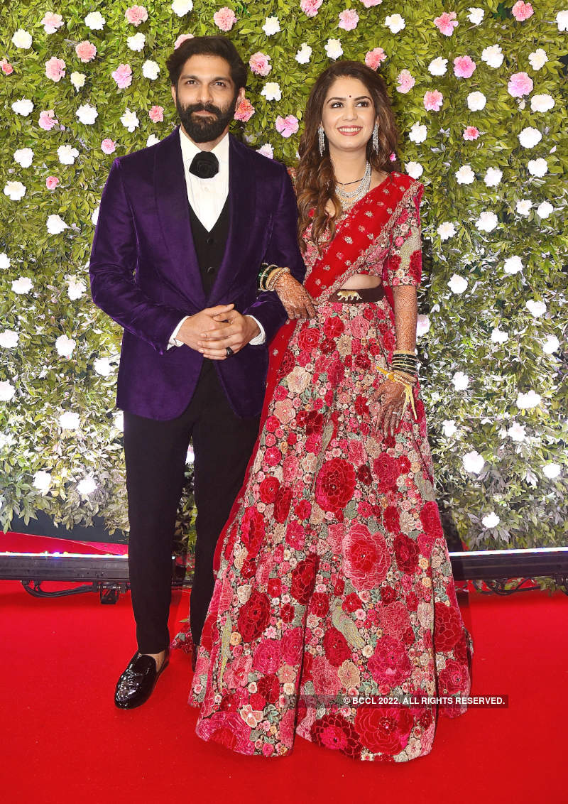 B-Town celebs come in full attendance at Raj Thackeray's son Amit Thackeray's wedding reception