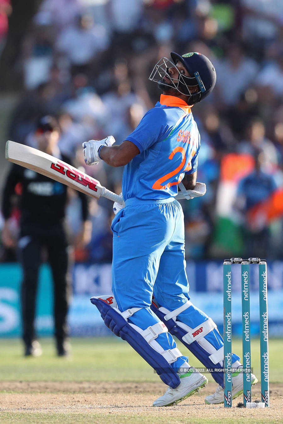 India crush NZ by 7 wickets to win ODI series