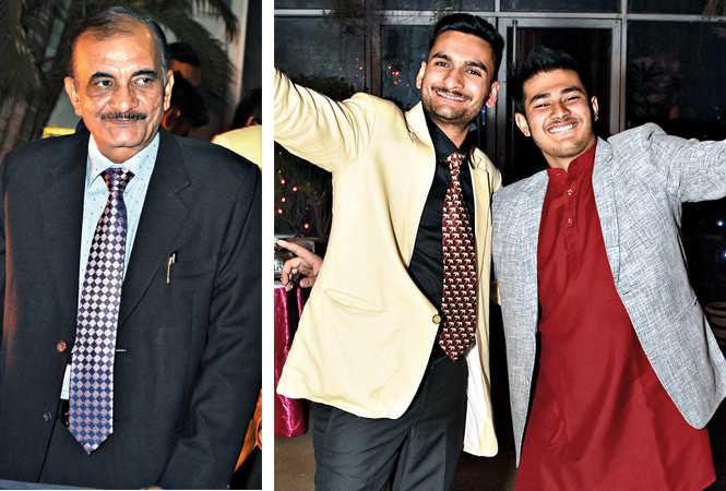 (L) Dr Jaswant Singh (R) Jai Singh and Kashish Khanna (BCCL/ Farhan Ahmad Siddiqui)