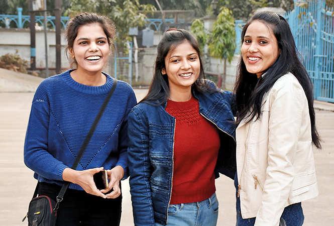 (L-R) Rashmi, Swapnil and Riya (BCCL/ Vishnu Jaiswal)