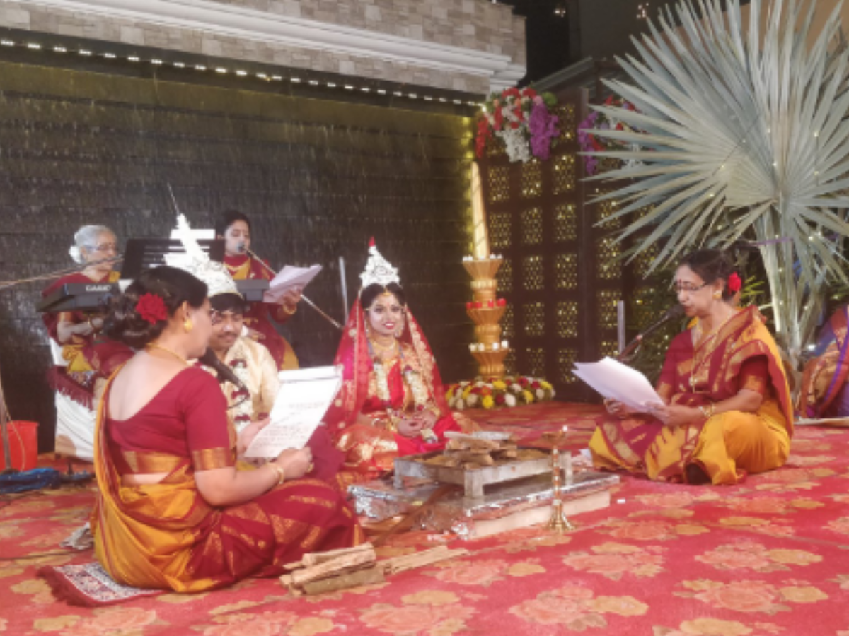 Bride's father refuses to do Kanyadaan. The reason will melt your heart!