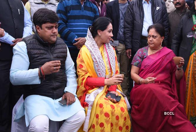 Diya Kumari (center)  with MP Dushyant Singh and former chief minister of Rajasthan Vasundhara Raje