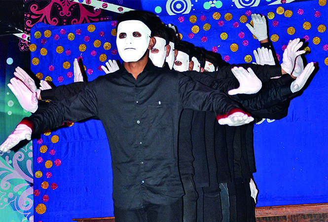 Students performing during the party (BCCL/ IB Singh)
