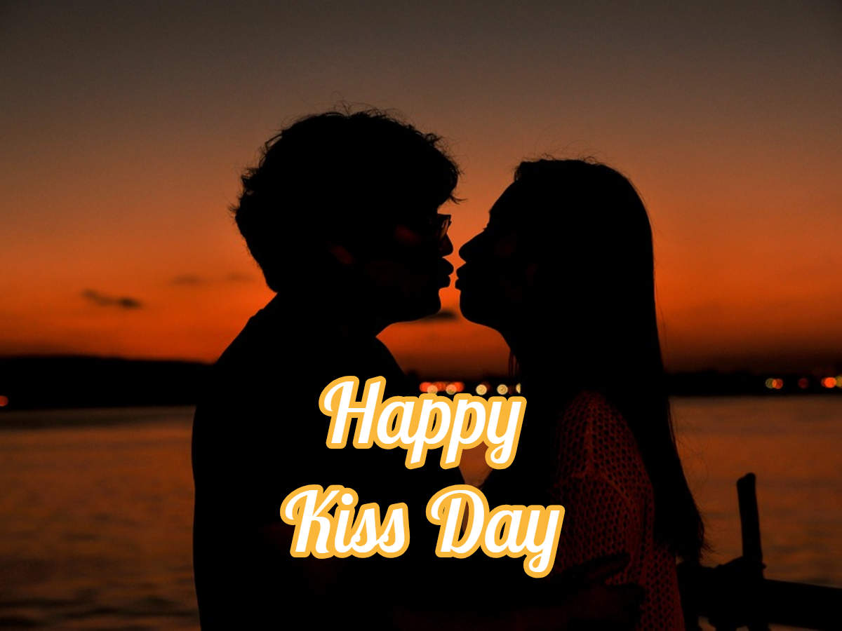 Happy Kiss Day 2019 quotes, pictures, GIFs