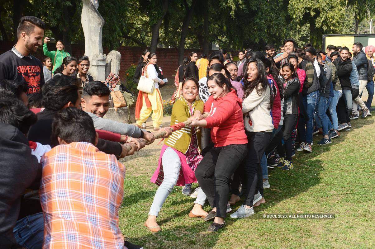 City enthusiasts have a gala time at Aao Khelein Bachpan Ke Kuch Khel