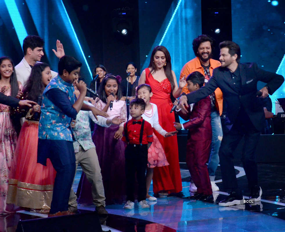 Sa Re Ga Ma Pa Li'l Champs: On the sets