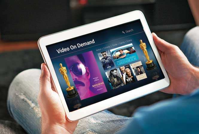 P1-Online-watching-movies-GettyImages-880861434