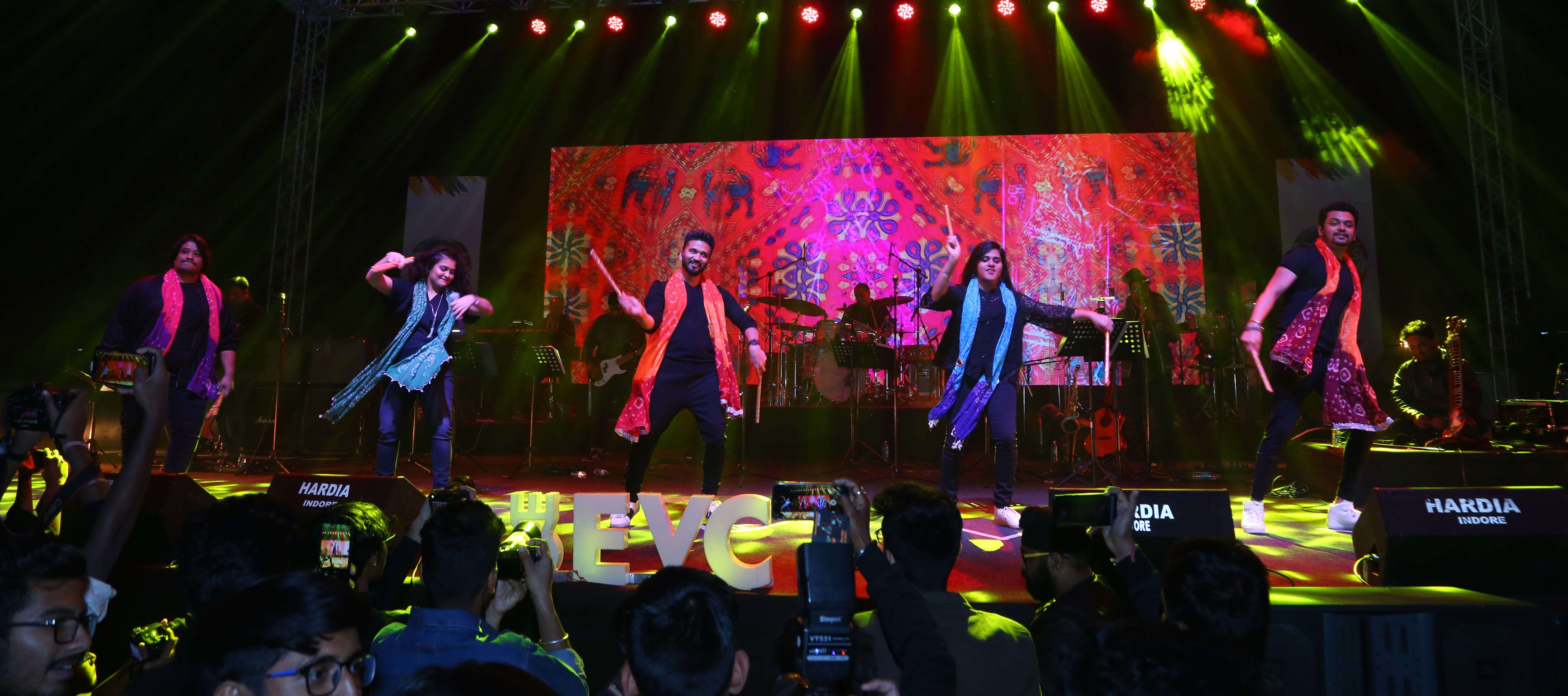 Amit Trivedi and crew in final performance
