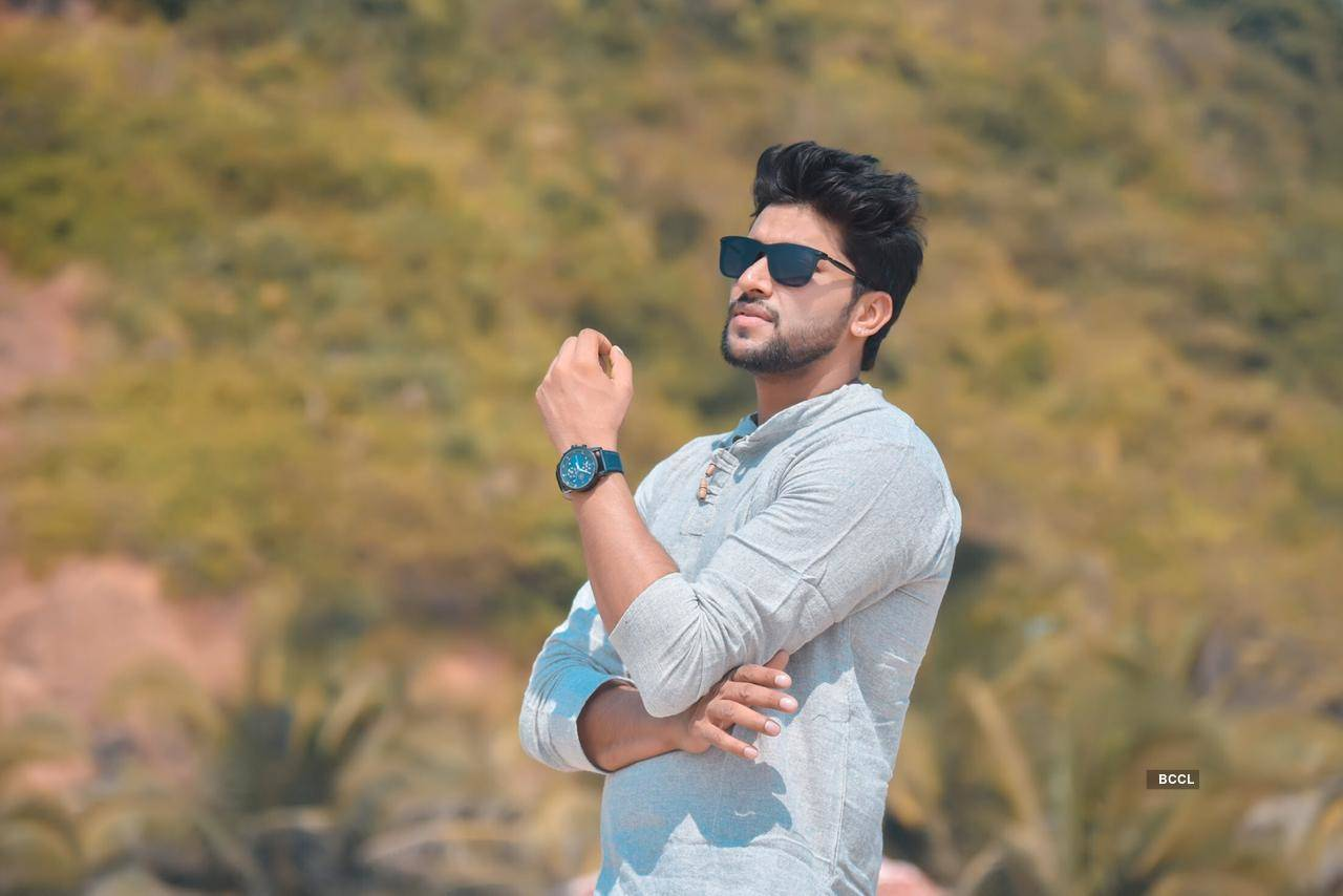 Music sensation Shaurya Khare is all set for his debut in films