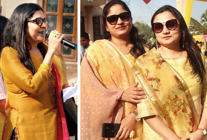 (L) Anu Mehrotra (R) Avani and Garima (BCCL/ Arvind Kumar)