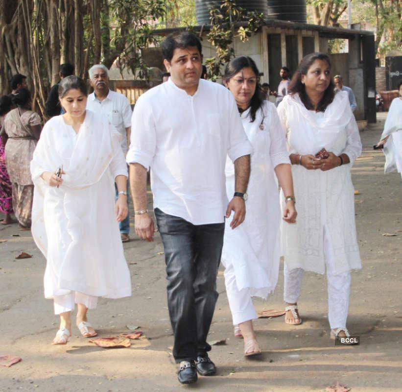 Swara Bhasker, Mahesh Bhatt, Bhagyashree and others pay last respects to Sooraj Barjatya's father Raj Kumar Barjatya