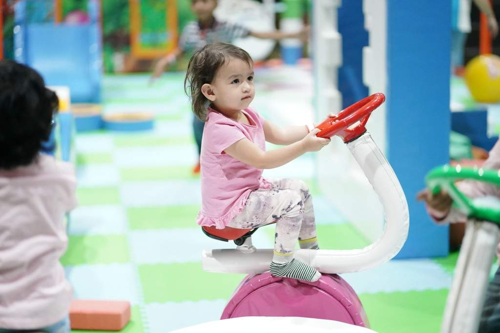 Seen a Small girl playing at Sim and Sam's Party&Plytown Kompally as a part of Play For CRPF program