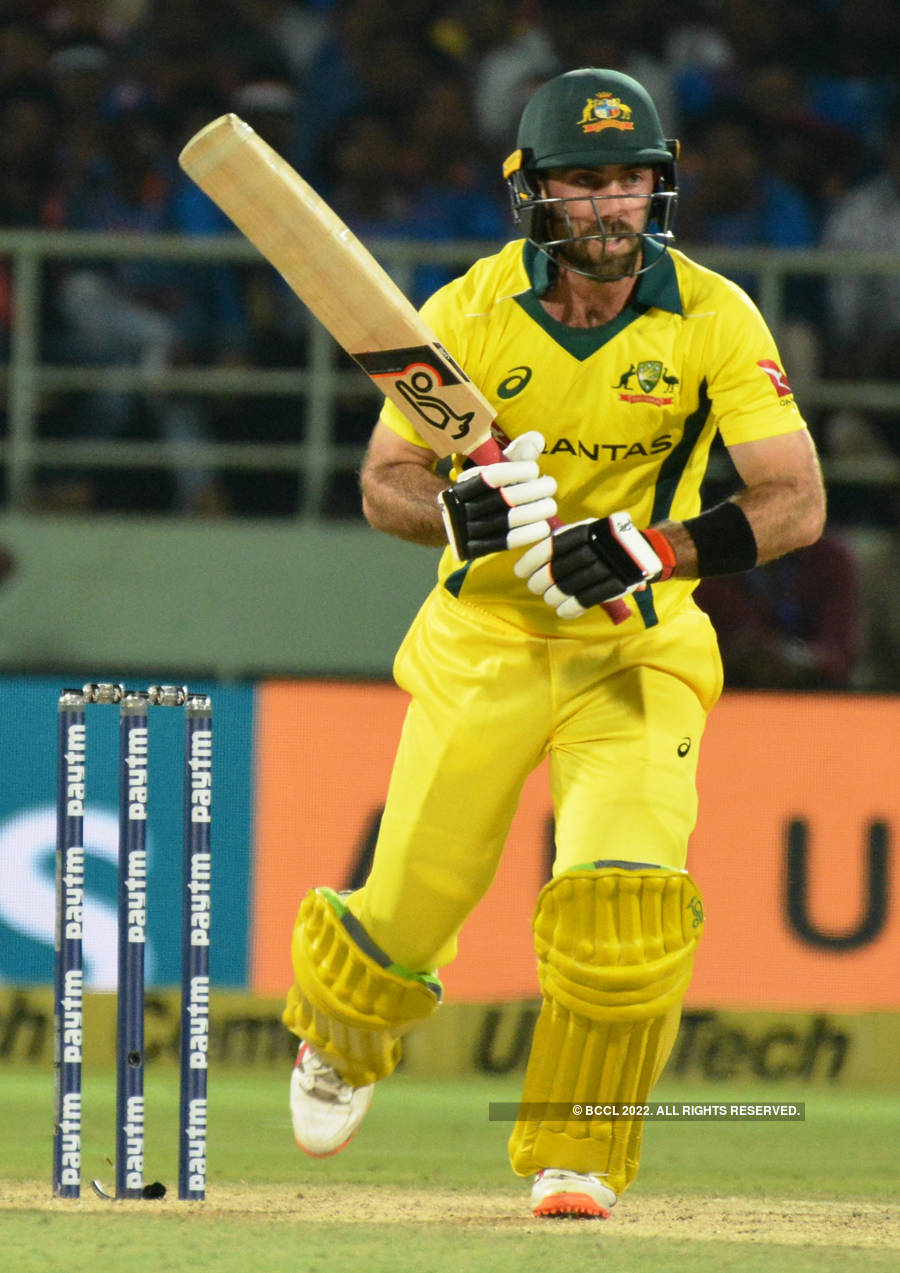 Australia beat India by three wickets in a thrilling T20