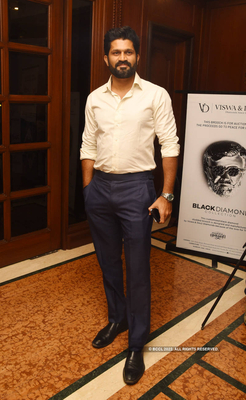 Celebs attend Karthik Srinivasan's calendar launch