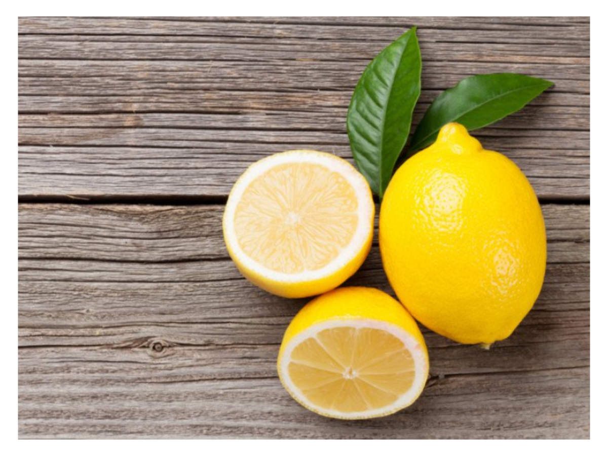 why you should put a lemon next to your bed every night