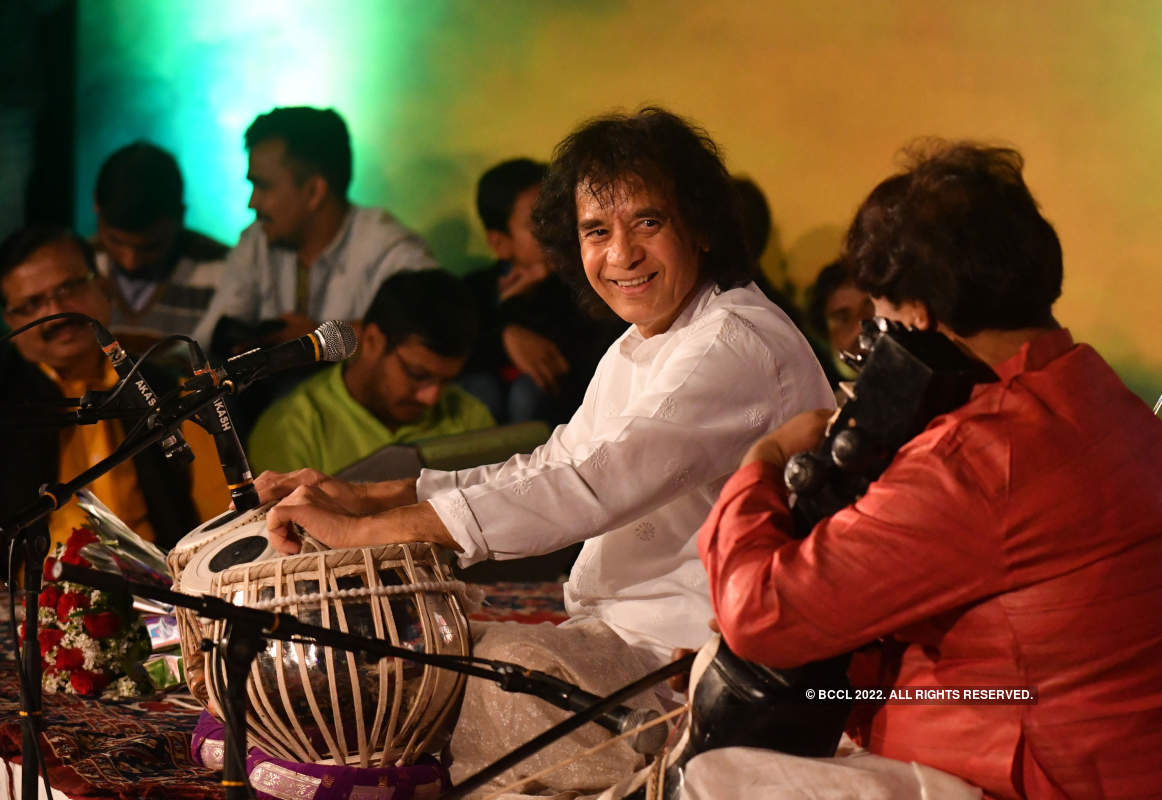 Ustad Zakir Hussain performs at Bharat Bhavan