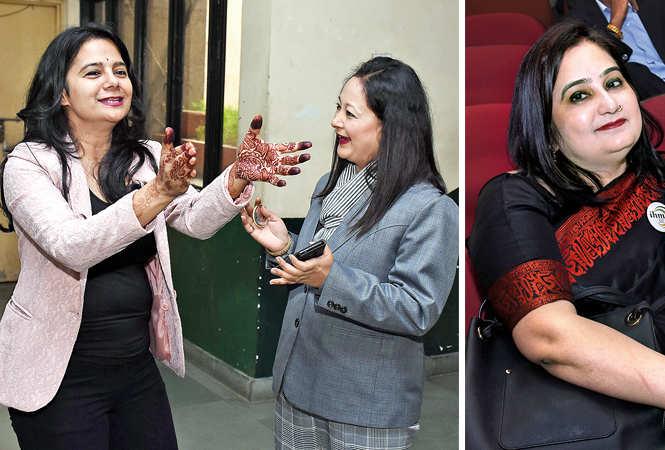Aditi Priya  and Sonali Tiwari (R) Deeba Yasmeen  (BCCL/  Vishnu Jaiswal)