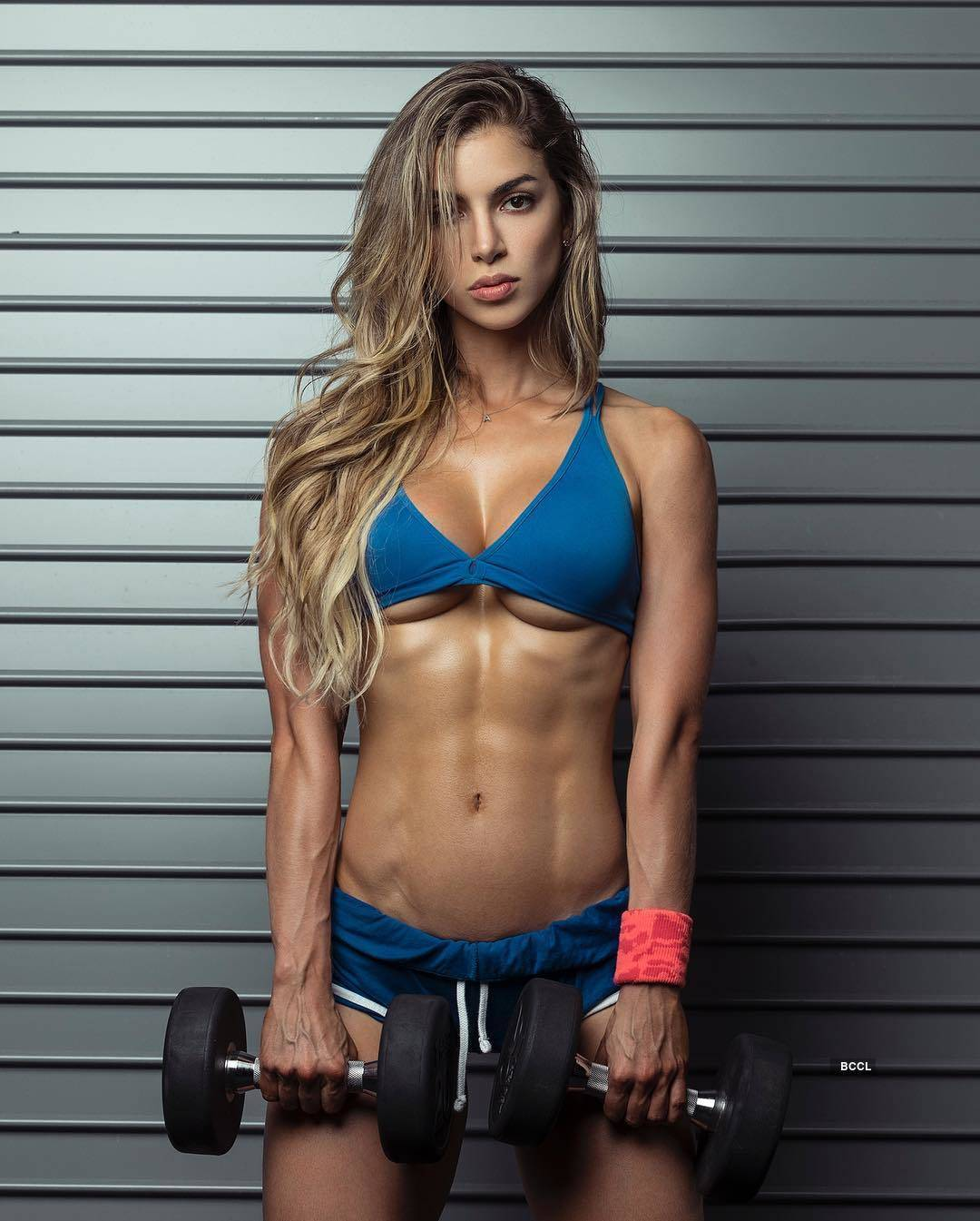 Colombian fitness model Anllela Sagra is an inspiration to get fit
