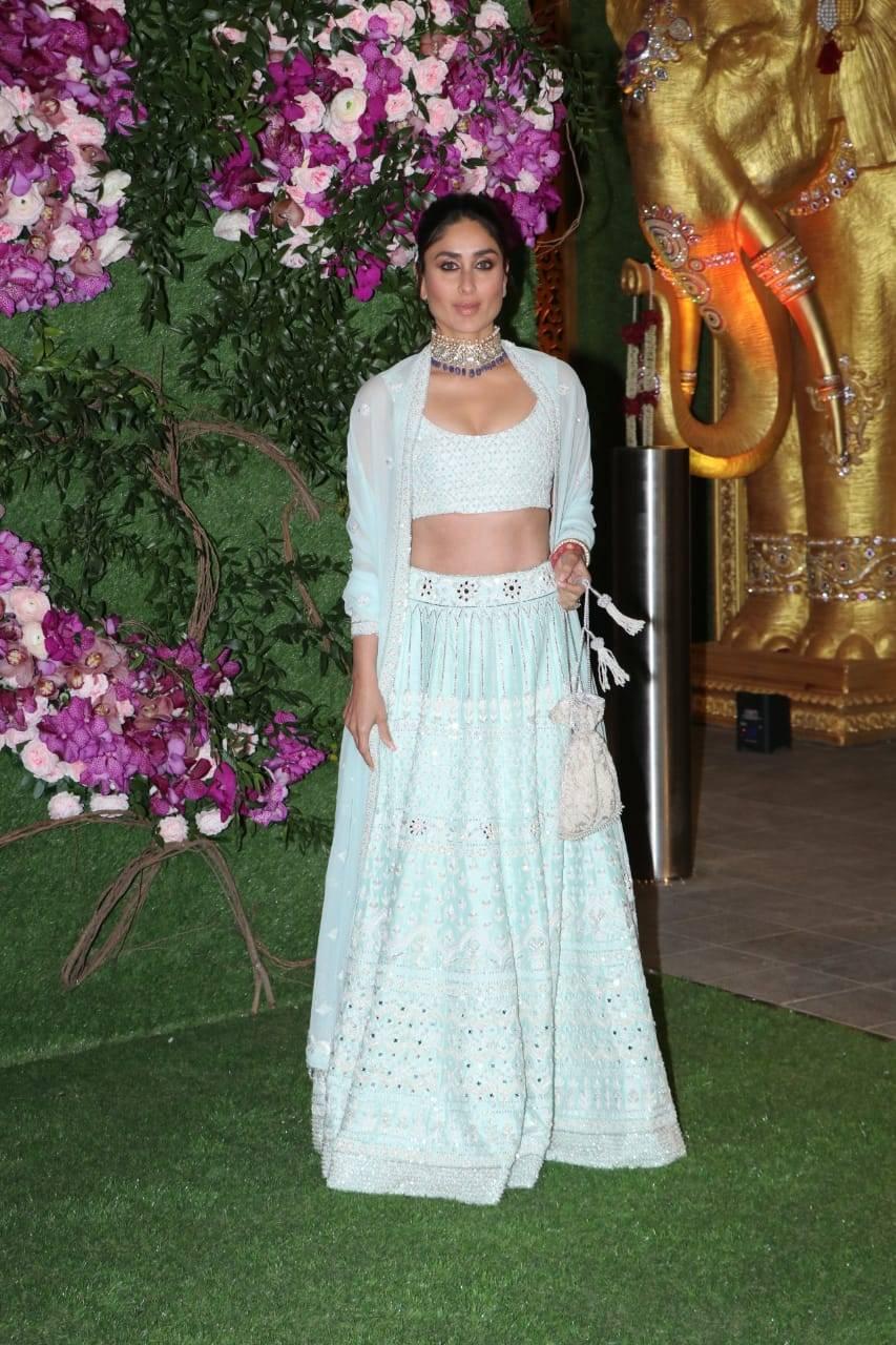 Photos: Kareena Kapoor Khan looks absolutely stunning in a powder blue lehenga as she attends Akash Ambani and Shloka Mehta's wedding | Hindi Movie News - Times of India