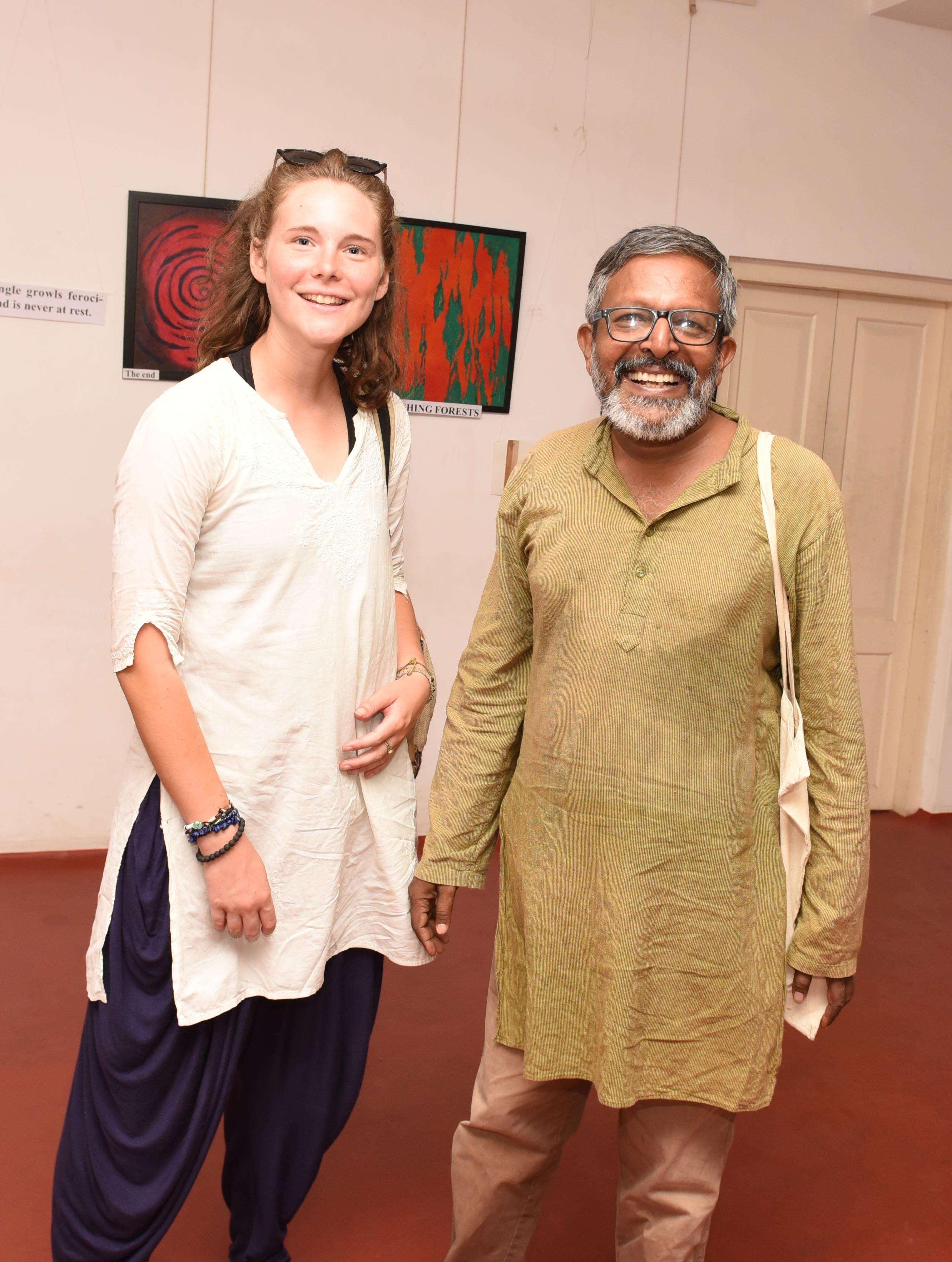 Alicia Badar,Prakash