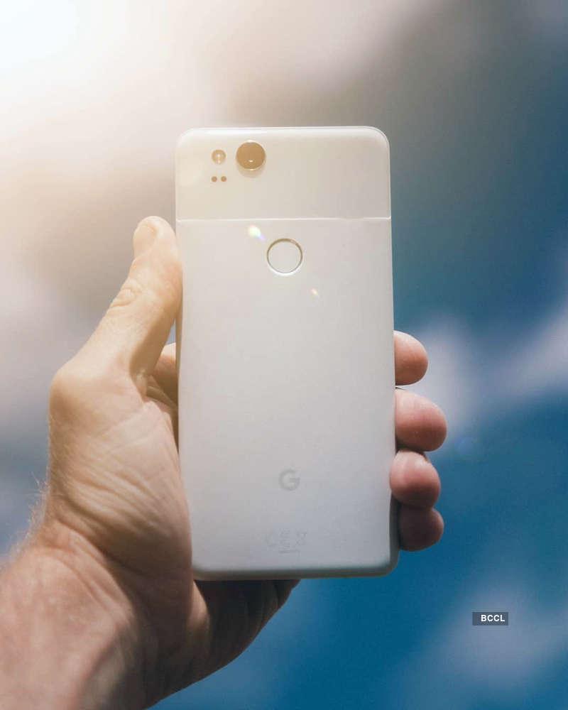 Google Pixel 2 found running Android Q