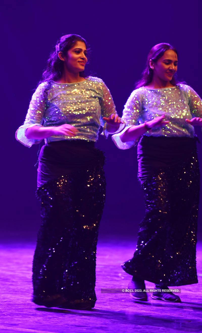 Kollywood actress Vidyu Raman attends anniversary celebrations of Spin Dance Studio