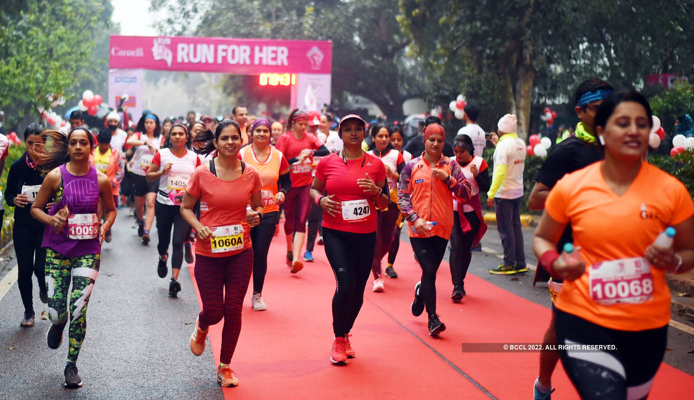 Delhiites participate in 'Run For Her' event