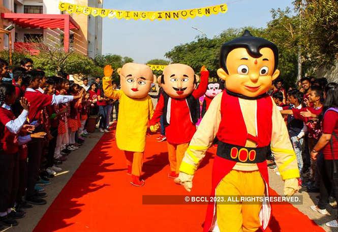cartoon parade