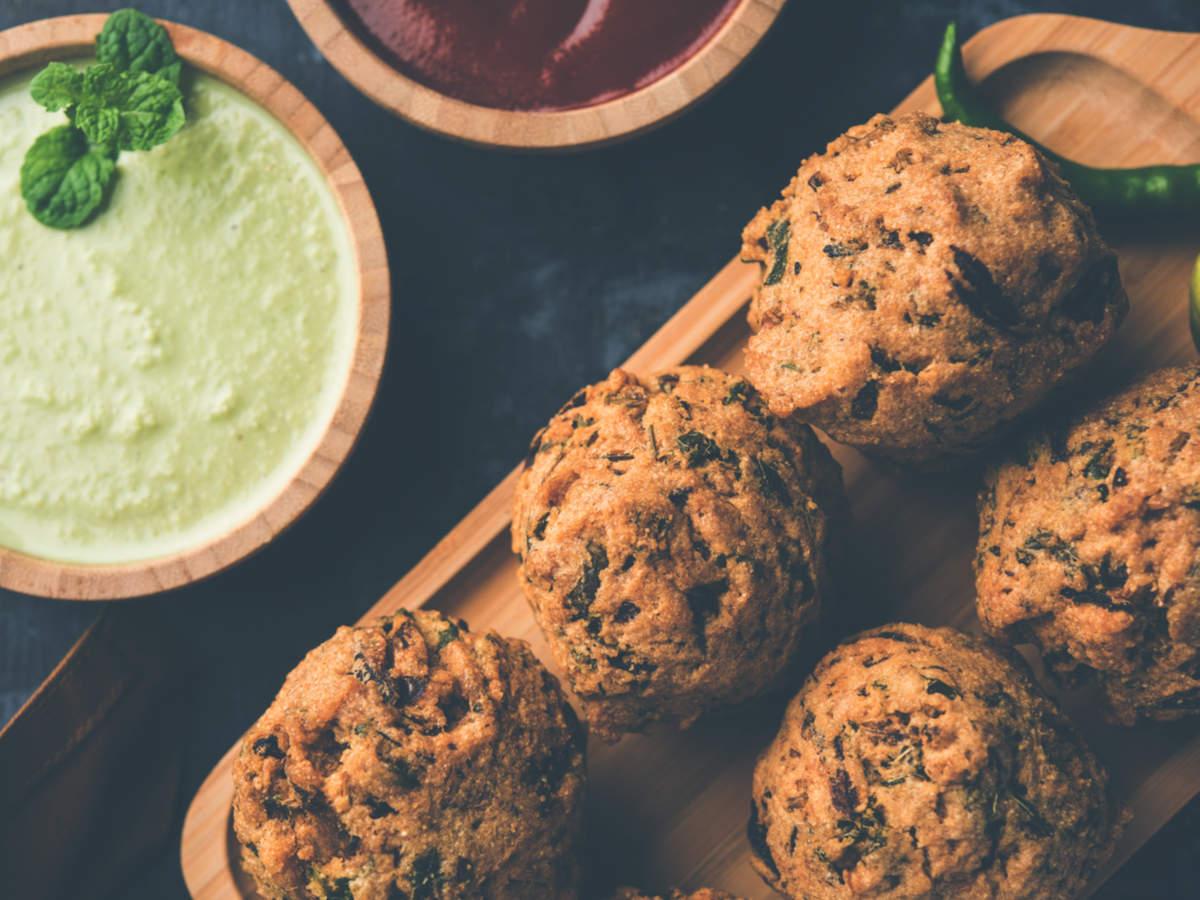 Healthy Palak Methi Fritters