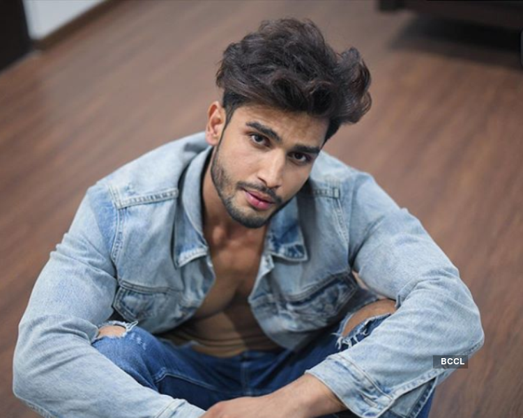 Rohit Khandelwal in Hyderabad Times Most Desirable List 2018