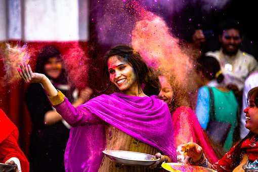 Best Happy Holi 2019 Messages, Greetings, Quotes