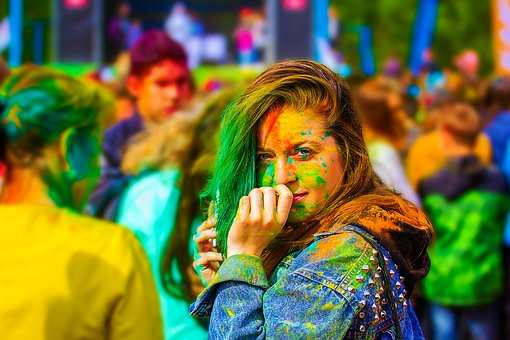 Best Happy Holi 2019 Pictures, GIFs, Wallpapers, Images