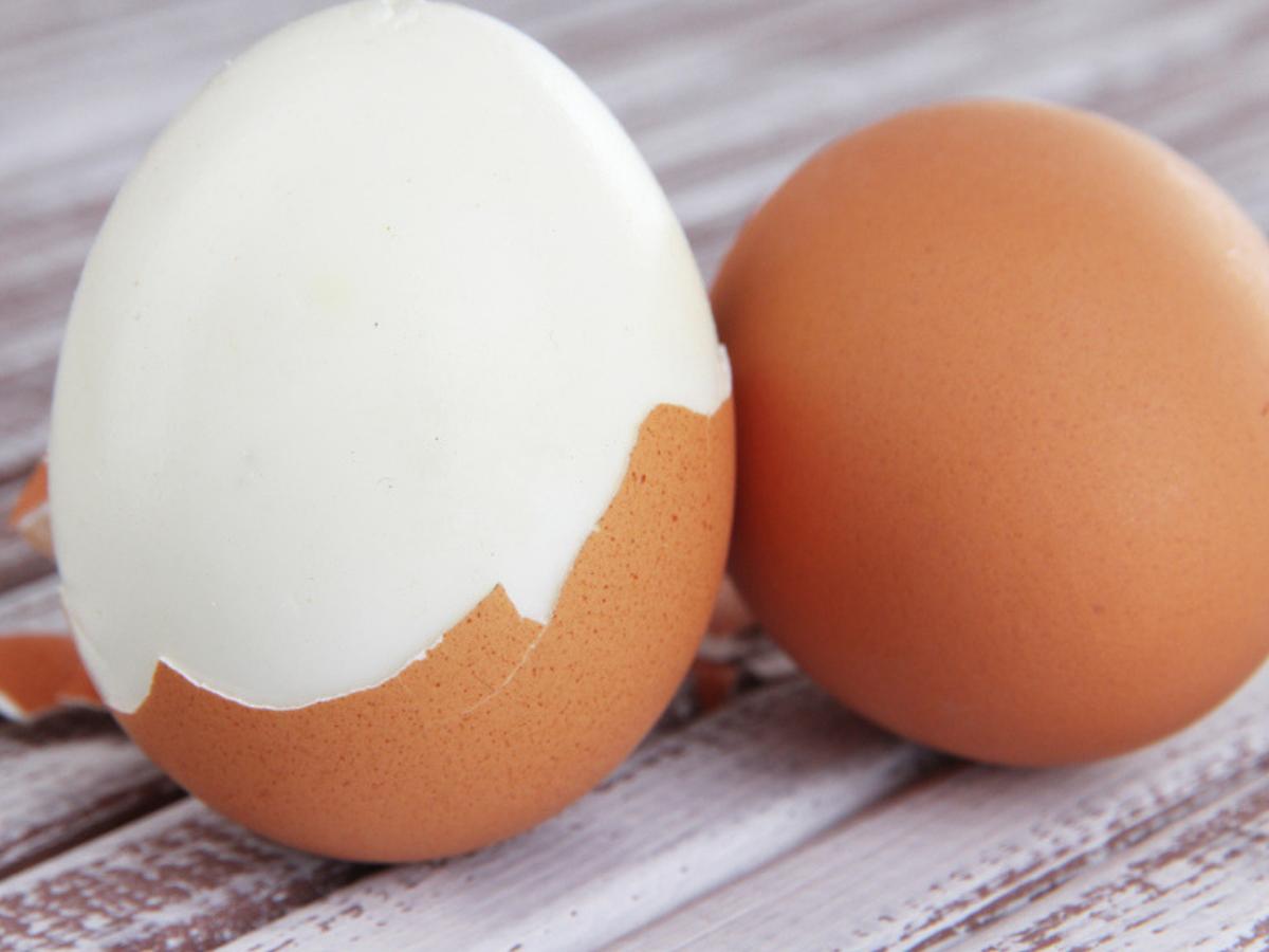 Brown eggs v/s white eggs