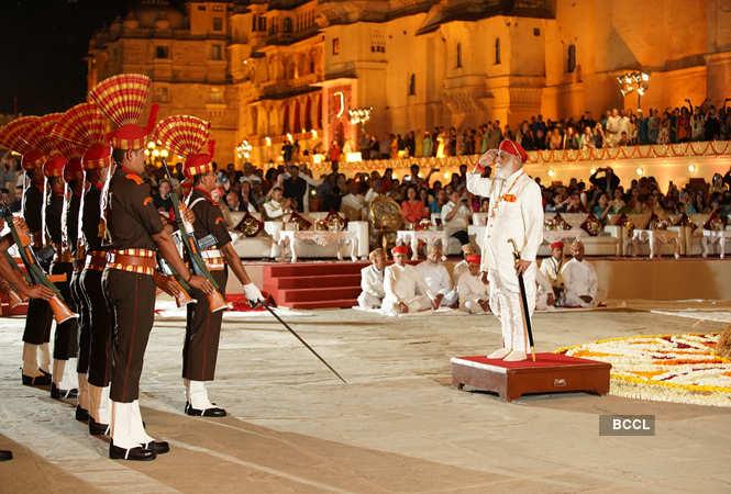 Arvind Singh Mewar taking the guard of honour