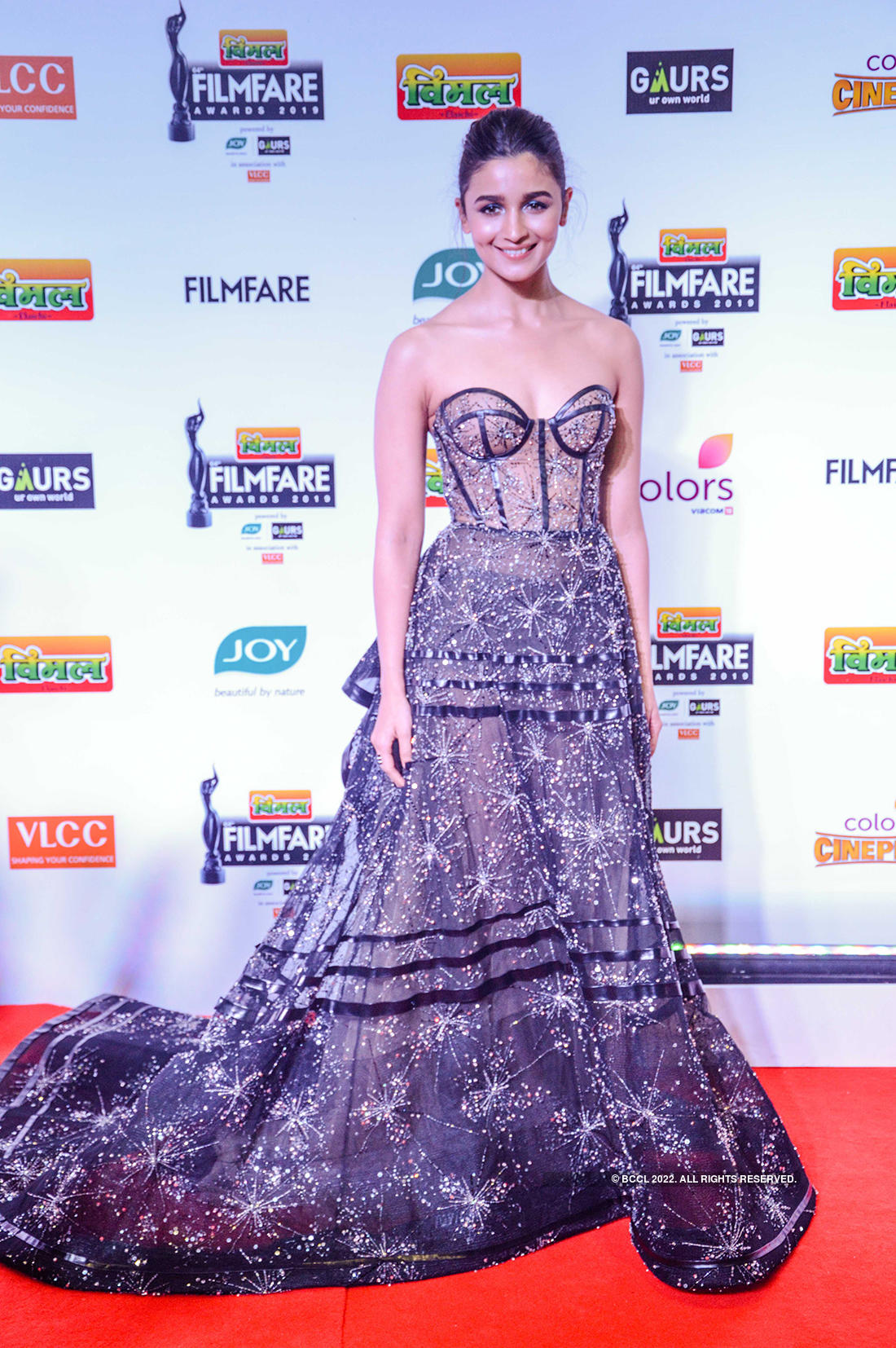 64th Vimal Elaichi Filmfare Awards 2019: Divas dressed to impress the fashion police