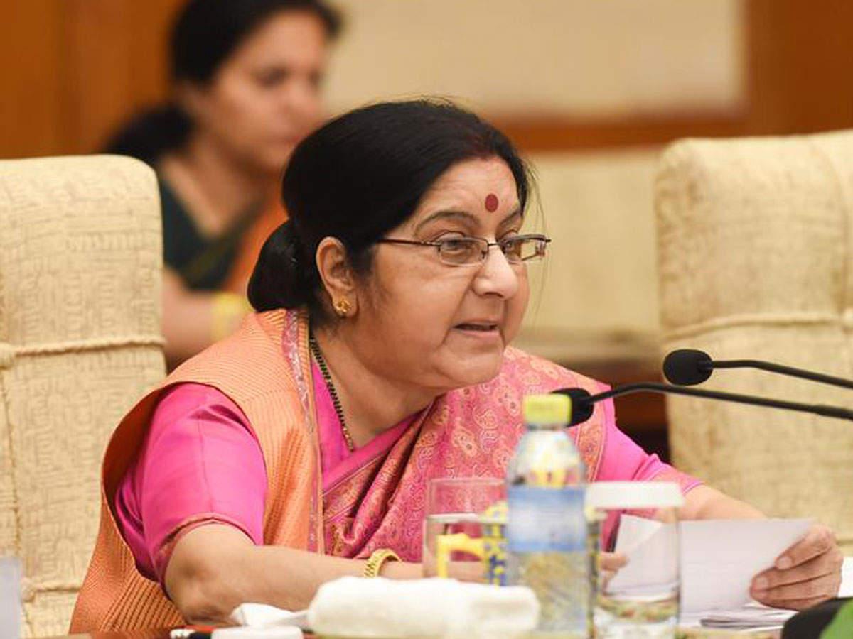 War of words breaks out between Sushma Swaraj, Pakistan minister
