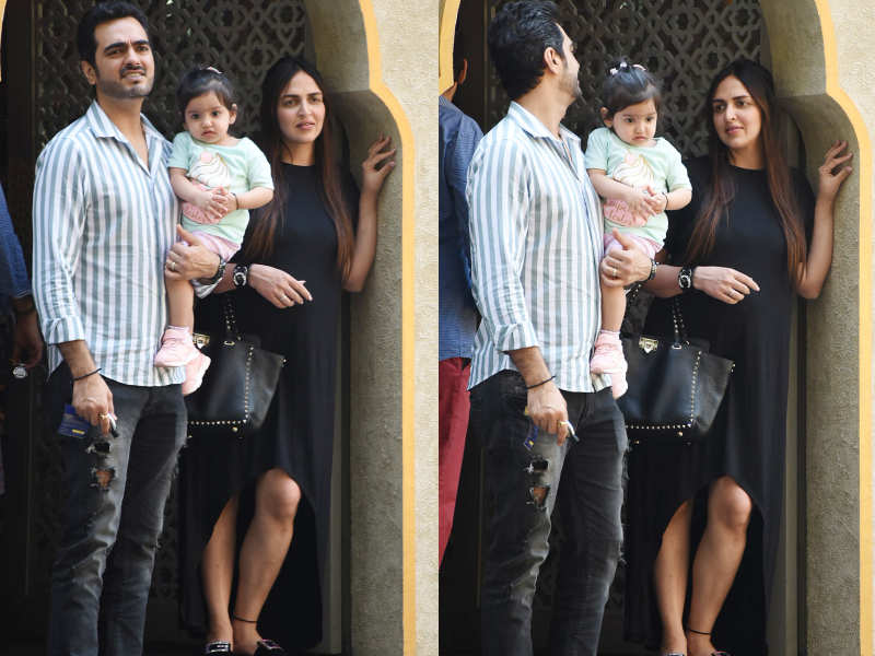 Photos: Esha Deol's day out with hubby Bharat Takhtani and