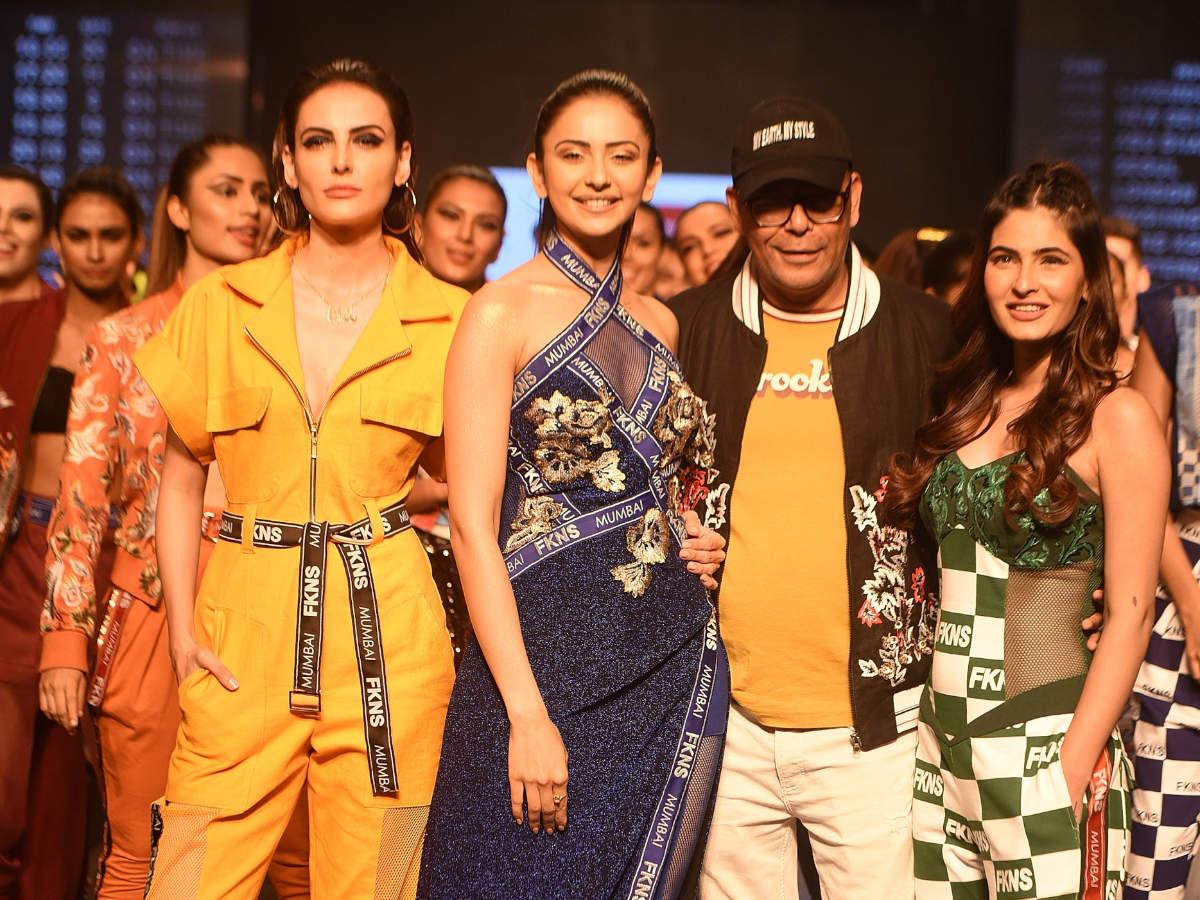 RakulPreet walks at Bombay Times Fashion week