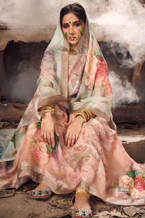 Alankrita Sahai's traditional photoshoot will leave you spellbound