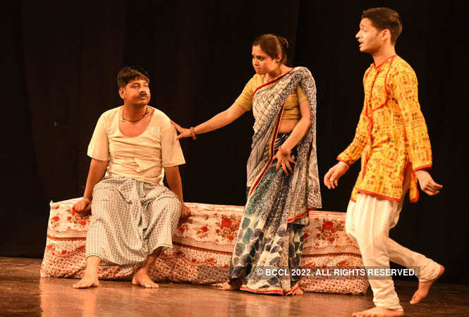 ajab chor ki ghazab kahani_director by ashok rahi (13)